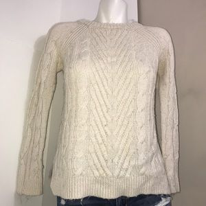 H&M Cream Stretchy Fall Cable Knit CrewneckSweater